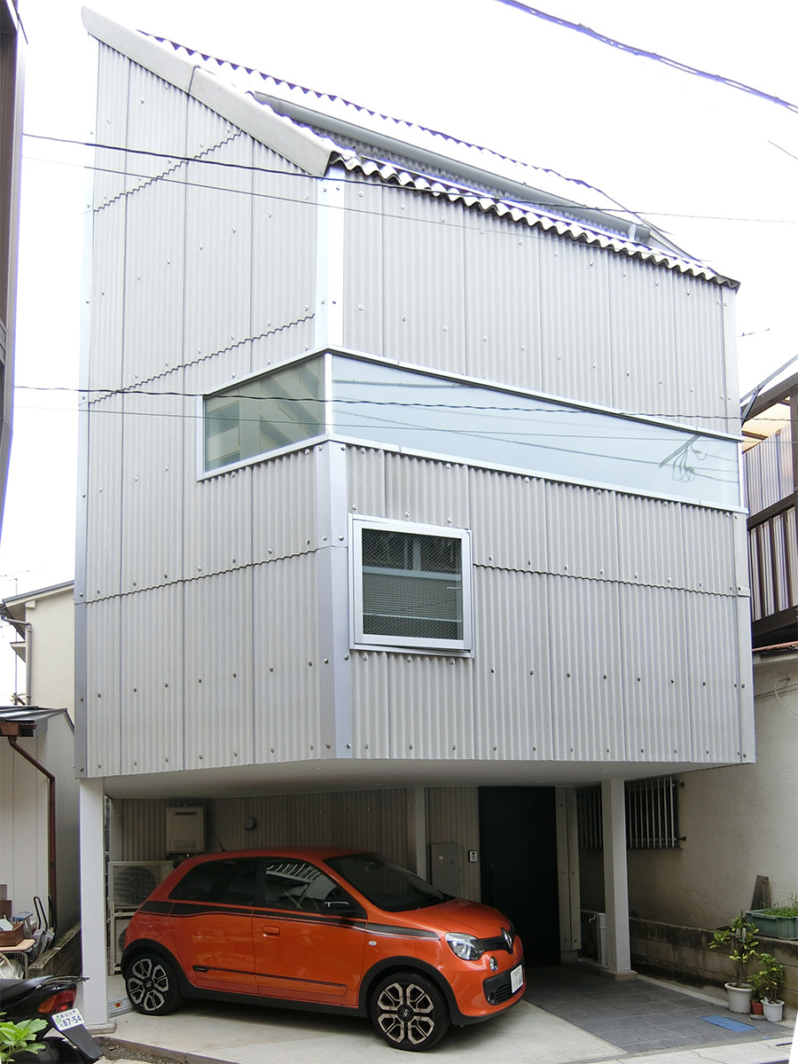 cat&car HOUSE